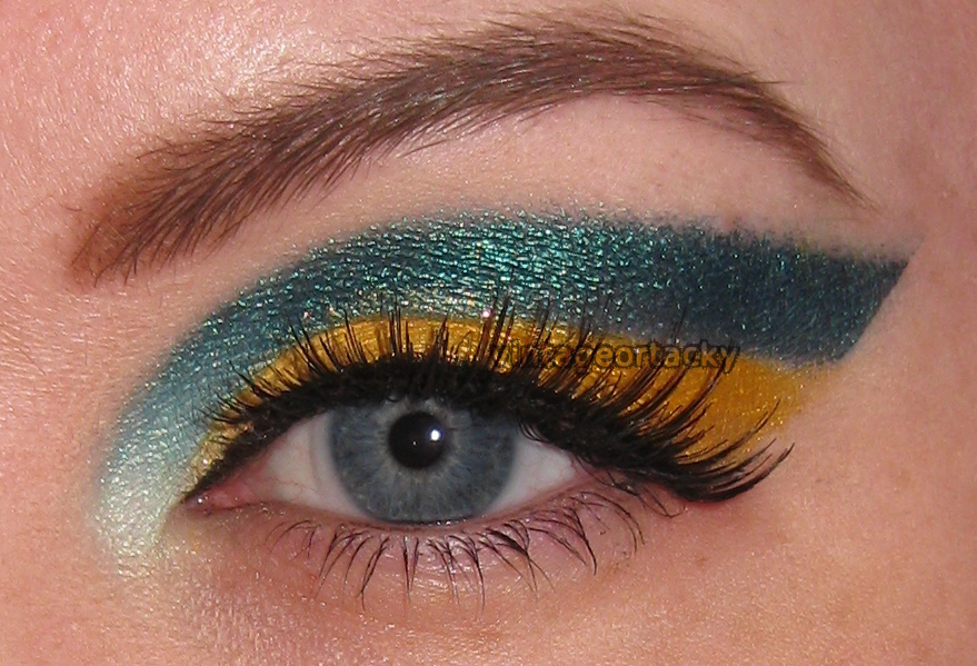Pictures Of Eyes Up Close. Eyes, Tutorials. Tagged with: